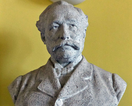 The Bristowe bust